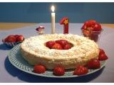 Lilamalerie hat laufen gelernt ;-) – oder – Ein himmlischer 1.Geburtstag-Kuchen