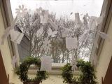 Springtime in White – oder – Am Fenster hängt der Frühling amDraht
