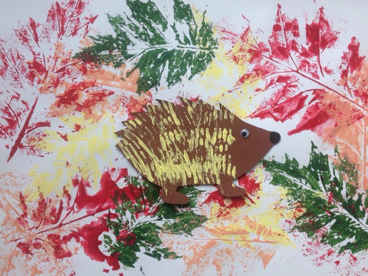 Vom stacheligen Igel und bunten Blättern - oder - Herbstliches Basteln für die Kleinsten
