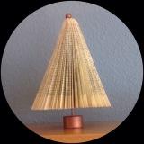 Noch 'nen Weihnachtsbaum – oder – Aus einem Buch gefaltet: Eine Tanne unter derHaube