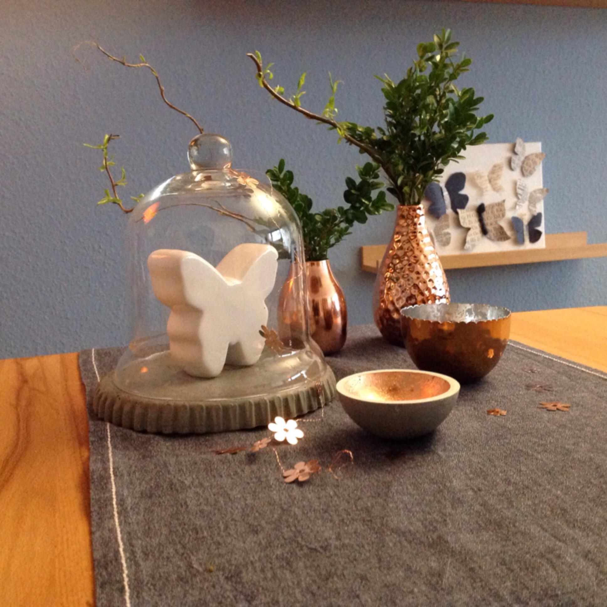 friday flowerday oder es gr nt so gr n buchszweige. Black Bedroom Furniture Sets. Home Design Ideas