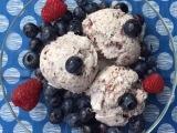 So cremig, so lecker: Blaubeer-Eis – oder –Blueberry-Dream