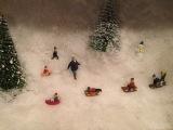 Schnee und Rodel: gut – oder – Wintervergnügen in derDose