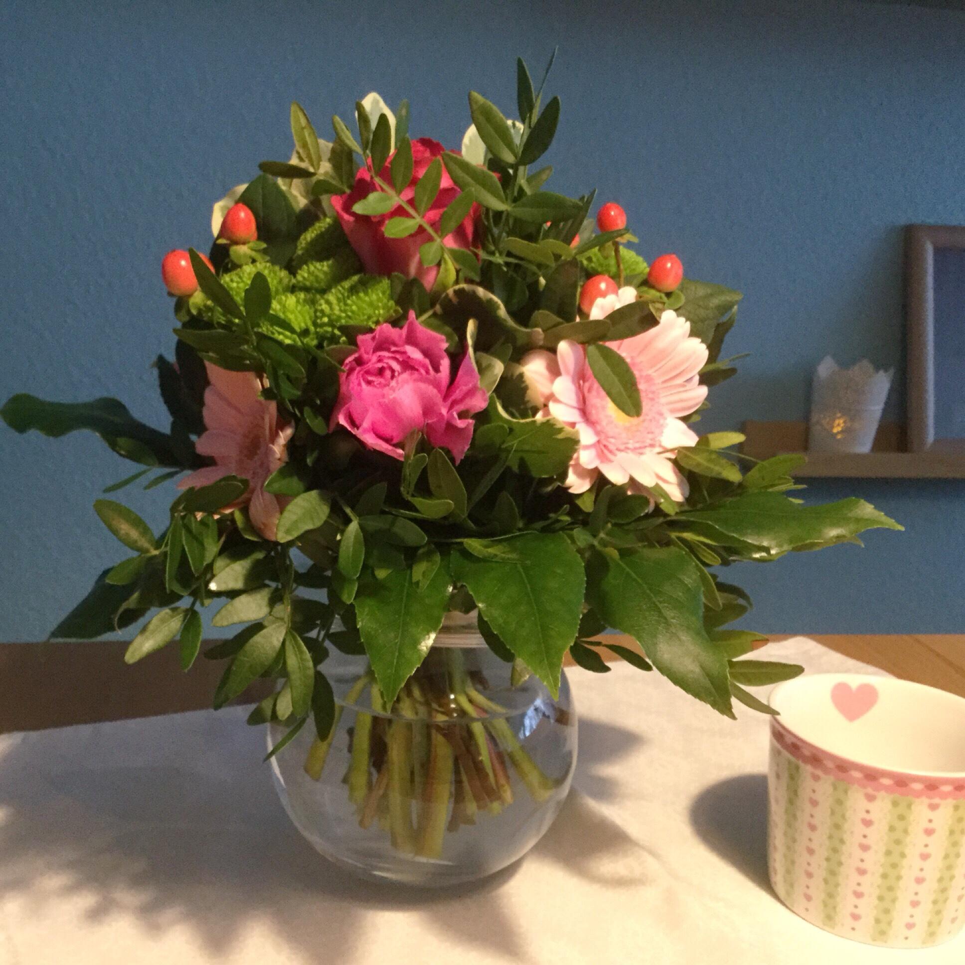 Friday-Flowerday – oder – Rosa und Grün verabschieden die Weihnachtszeit