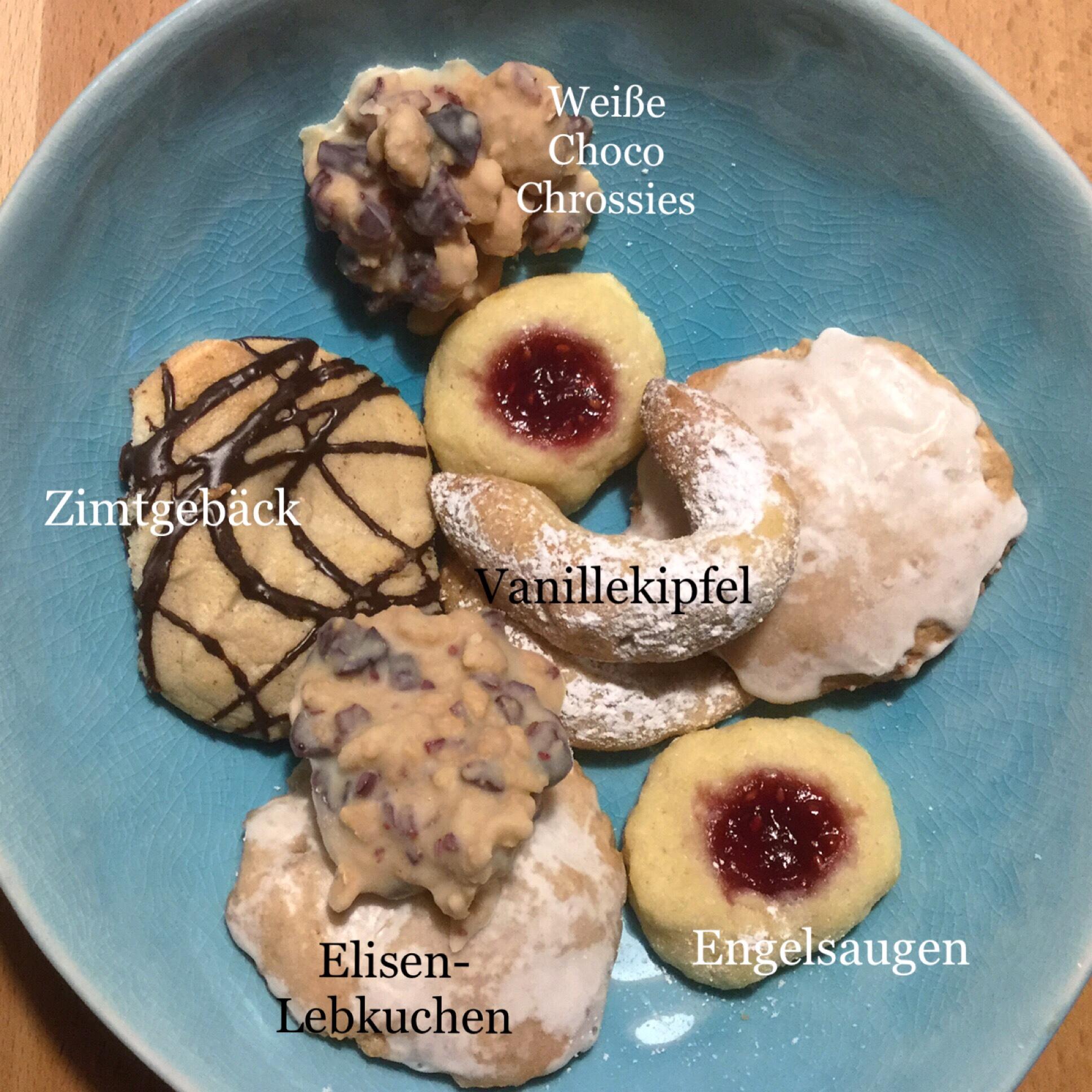#Sonntagsglück – oder – In der Weihnachtsbäckerei
