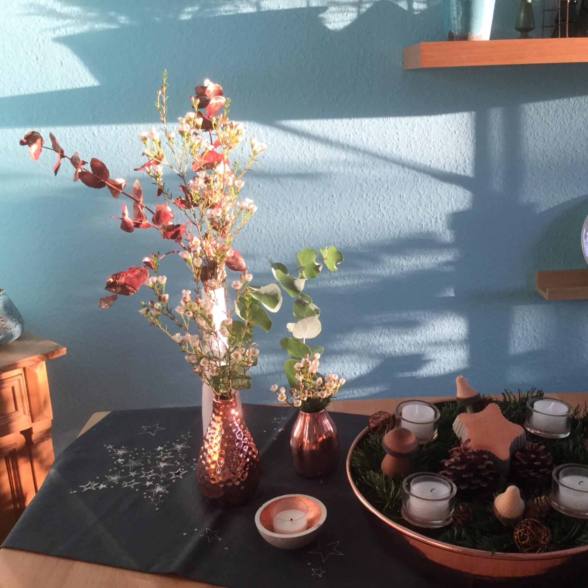 Friday-Flowerday – oder – Eukalyptus schick in Kupfer
