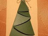 Bäumchen mit dem richtigen Kniff- oder – Gefaltete Tanne für dieWeihnachtspost