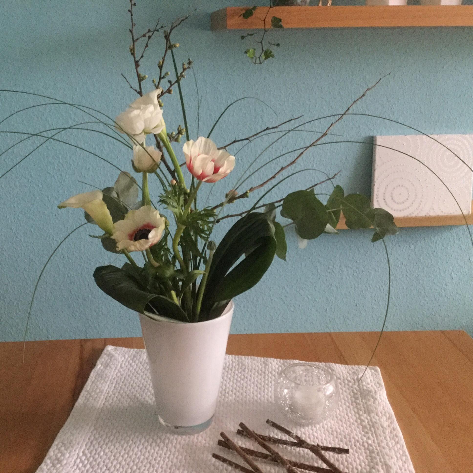 Friday-Flowerday – oder – Man gönnt sich ja sonst nix: Blumenkunst