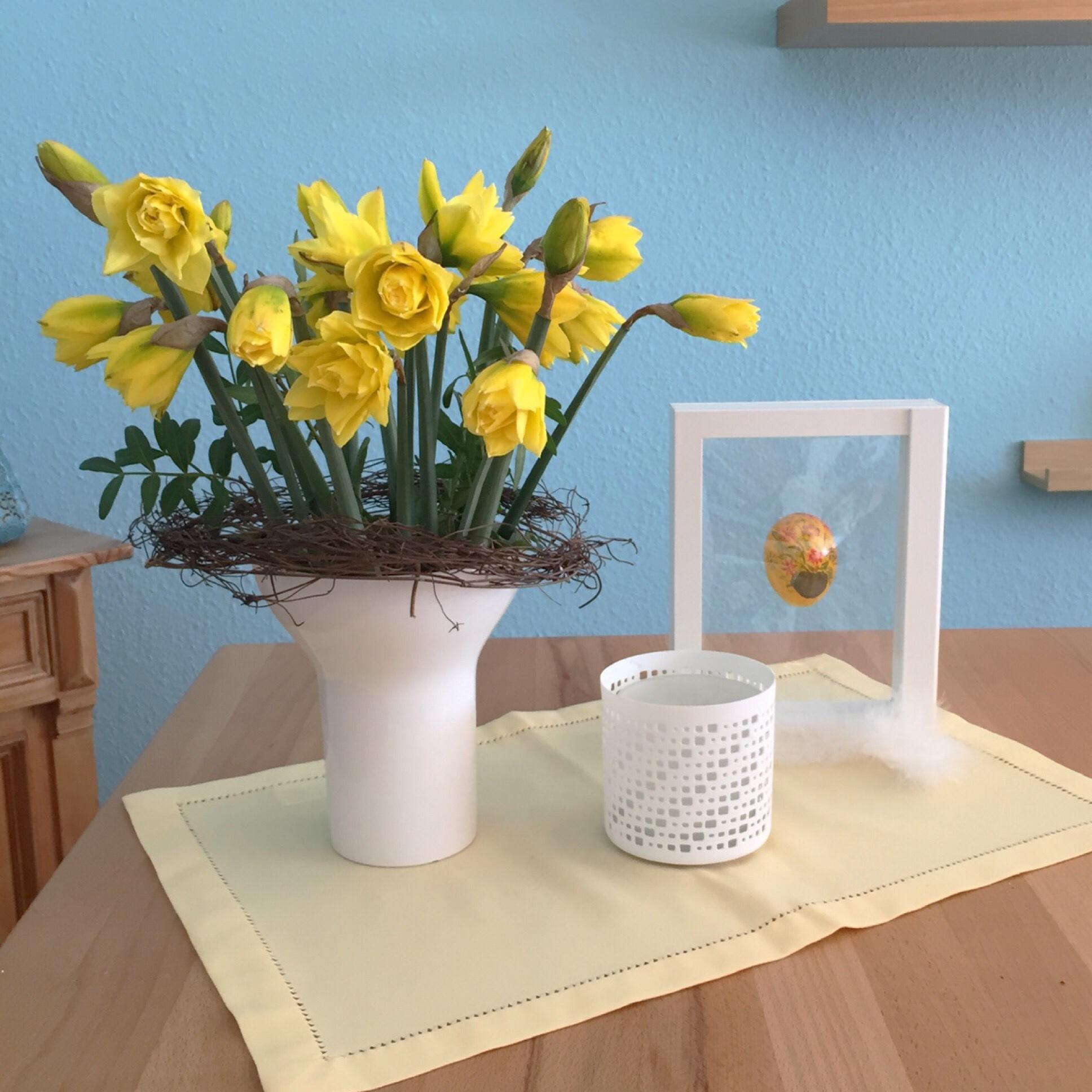 Friday-Flowerday – oder – Der Frühling kommt in gelb