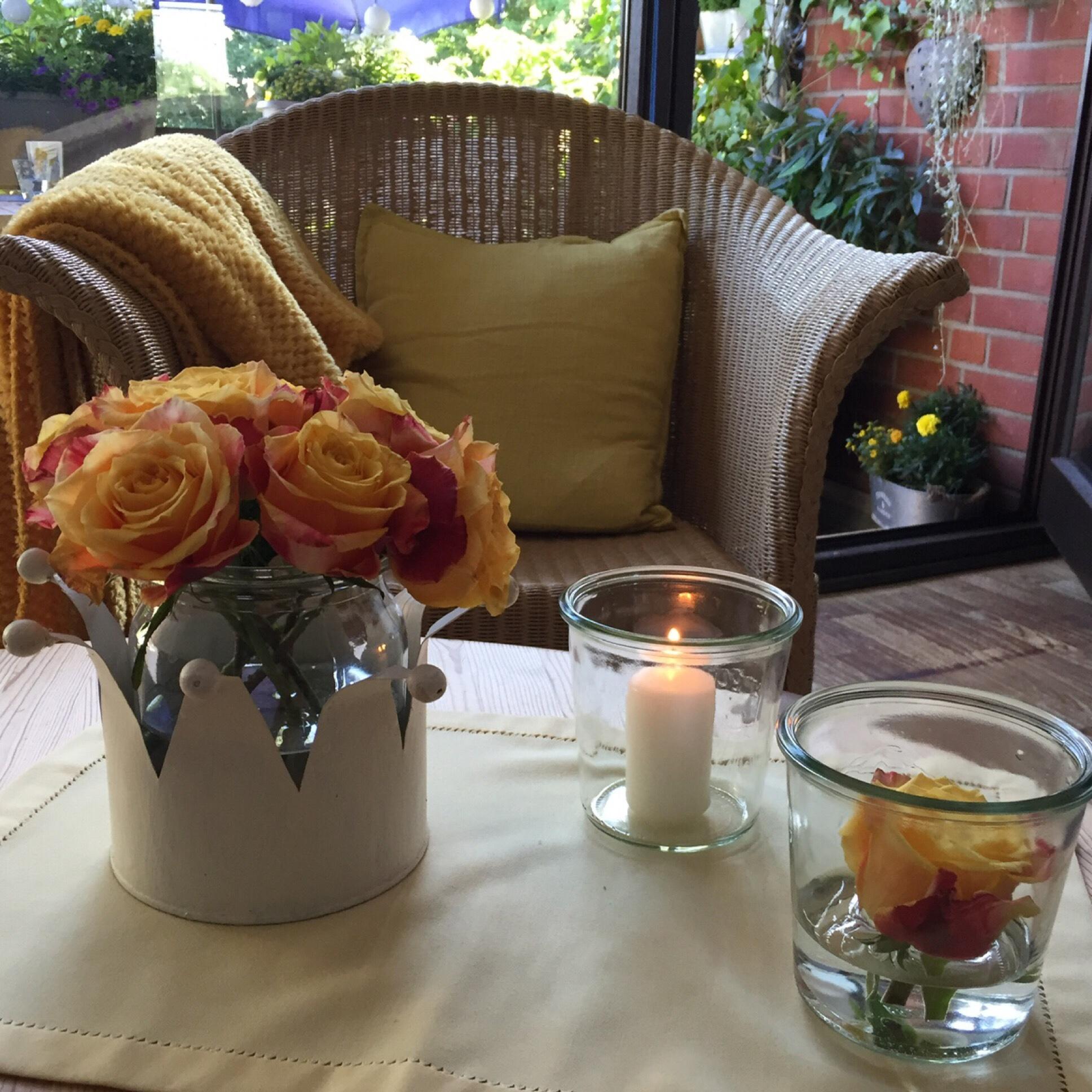 Friday-Flowerday – oder – Da sind die Rosen hin und weck