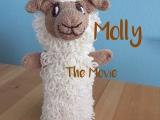 Molly – The Movie – oder – Schäfchen-Handpuppe selbstgemacht