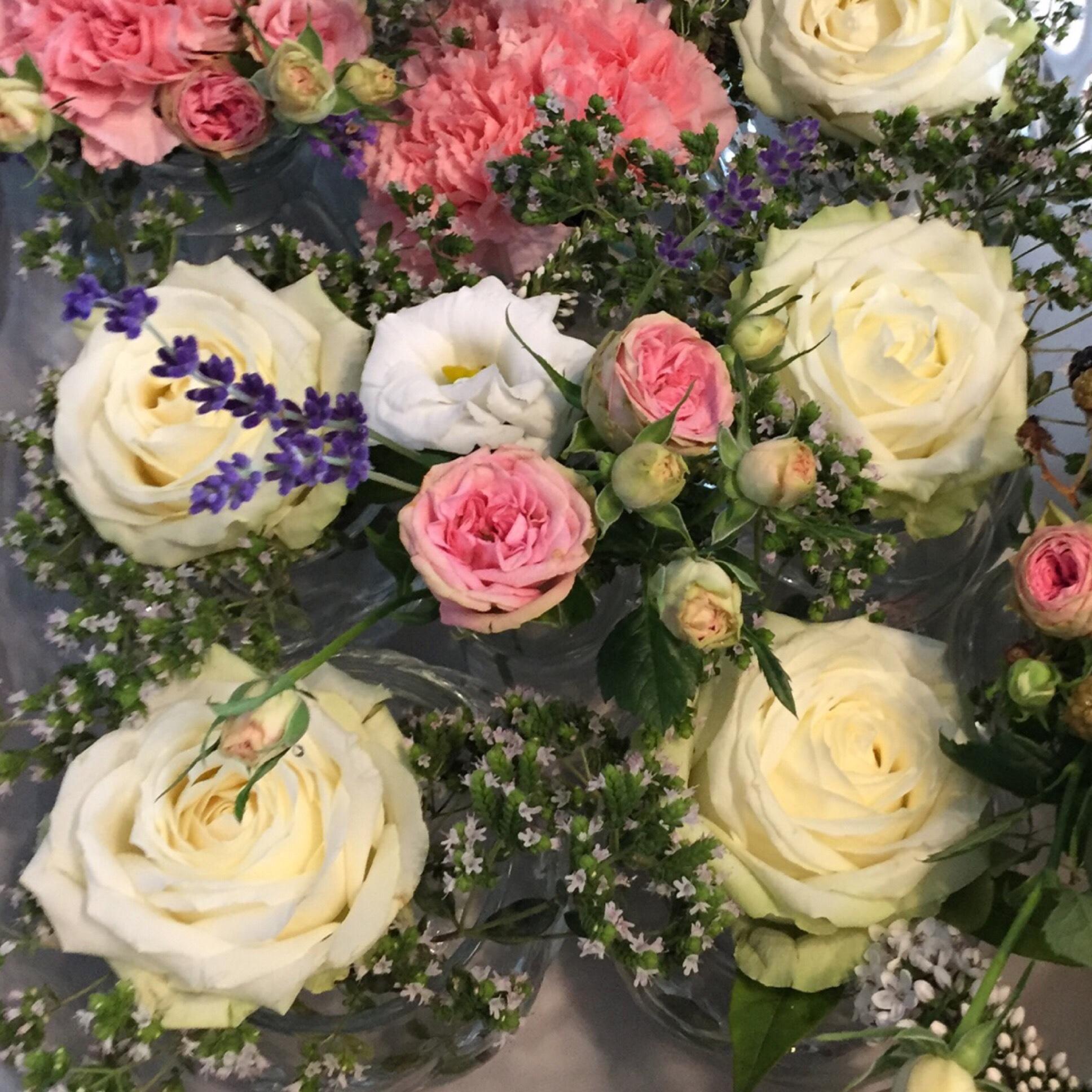 Friday-Flowerday – oder – Blumendeko für die Hochzeit