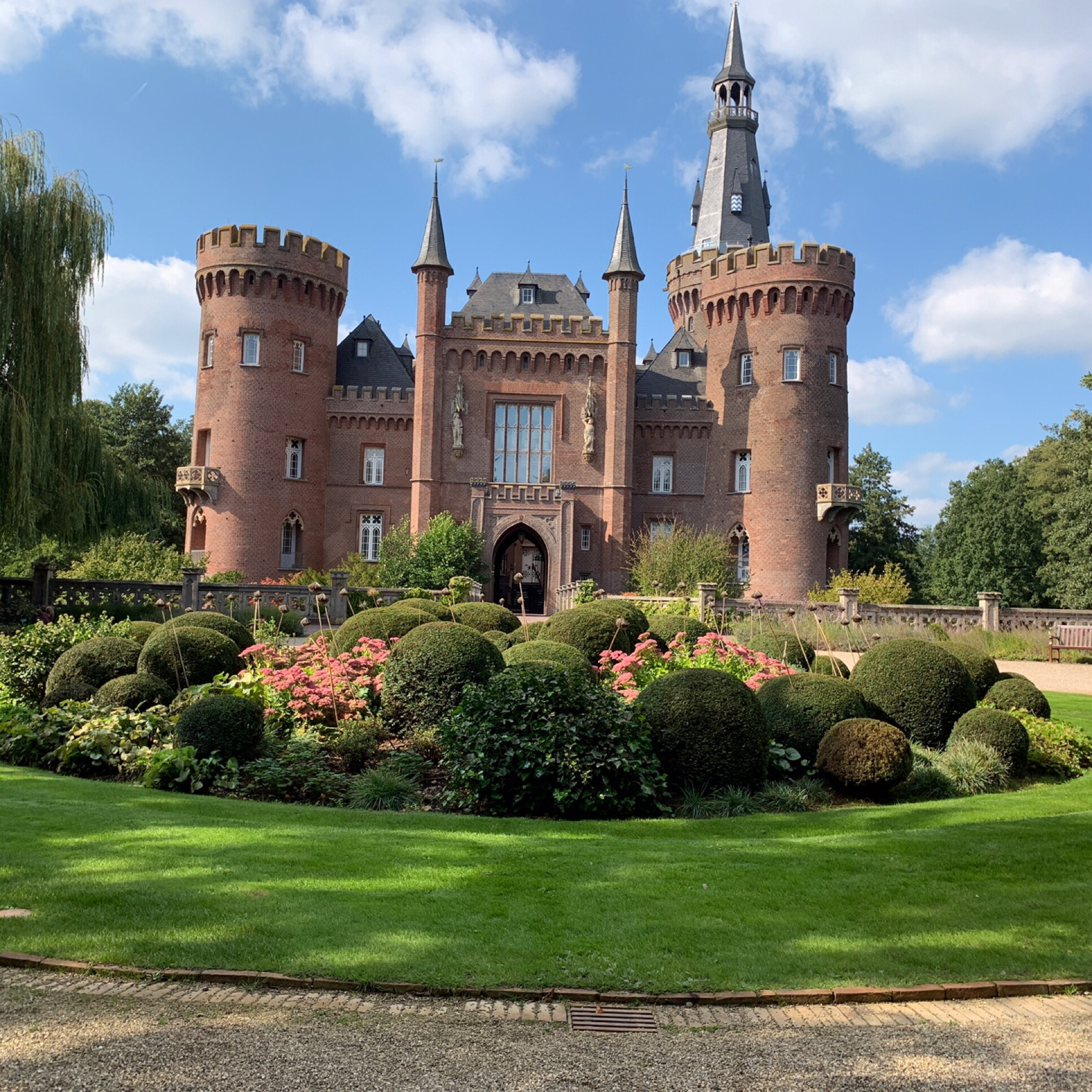 12 von 12 im September 2019 – oder – Von  blauen Blüten, einem Upcyclingprojekt und unserer Tour de Niederrhein