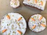 Lass uns gemeinsam Kuchenessen – oder – Rüblikuchen viaSkype