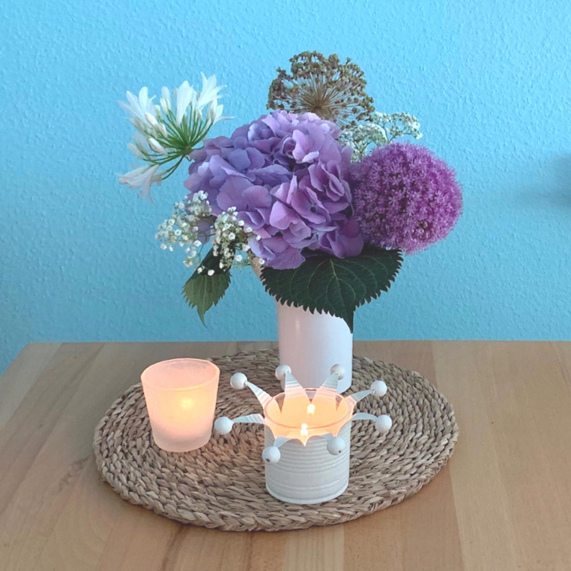 Friday-Flowerday – oder – Blau-Lila Schönheiten