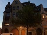 """12tel-Blick – oder – Um 10 abends """"tobt"""" dasLeben"""