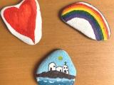 Eine kleine Geschichte vom Stein am Rhein – oder – Wir schicken Steine auf denWeg