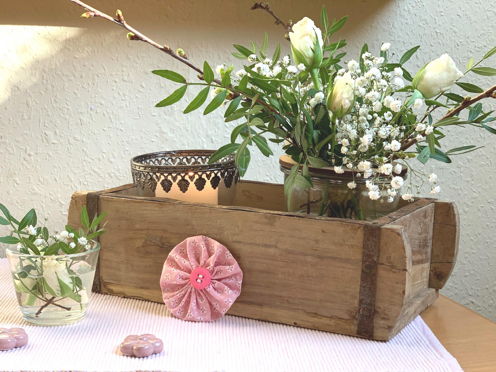 Friday-Flowerday – oder – Viel Rosa und weiße Rosen